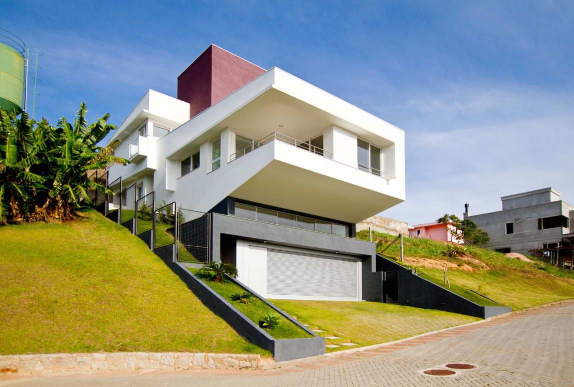 Фасады домов из кирпича с пилястрами фото коржи для
