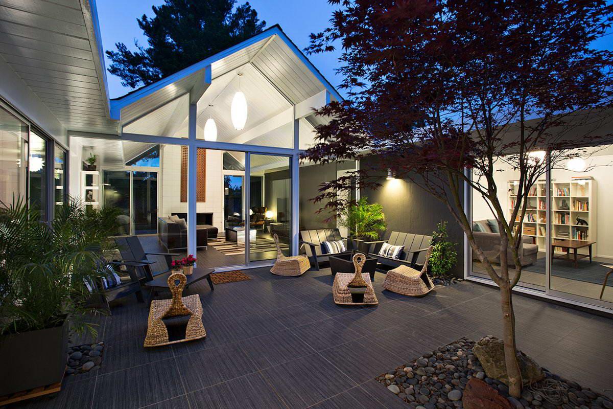 Дома с внутренним двориком фото