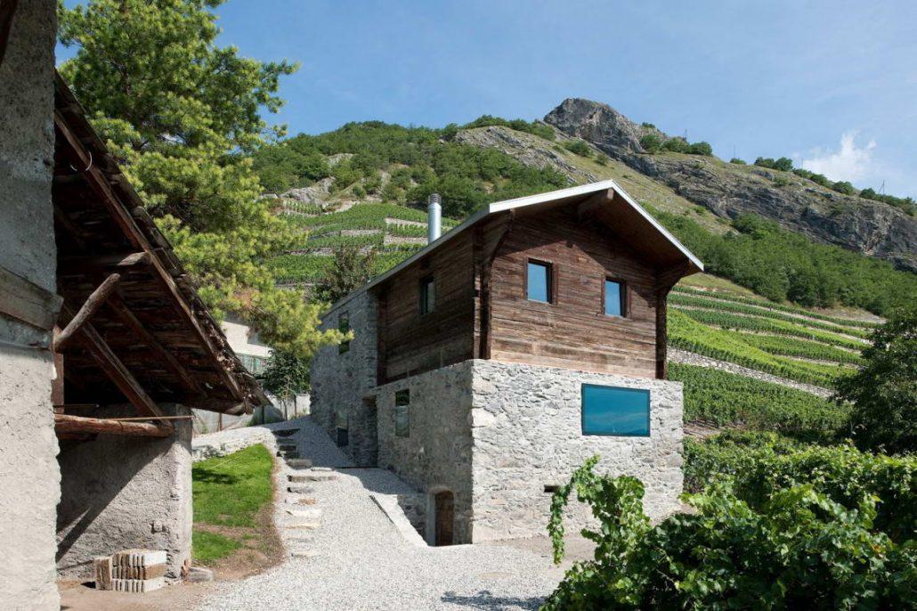 Дома в швейцарии дом в сицилии за 1 евро