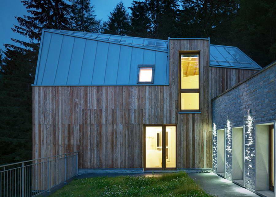 Авангардный дачный домик фото