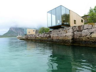 Домики на острове (Manshausen Island Resort) в Норвегии от Stinessen Arkitektur.