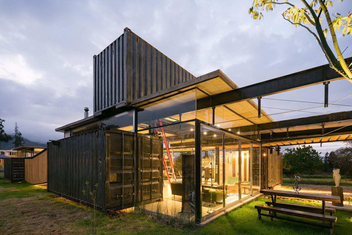 каре можно строительство дома из контейнеров фото военную тему, выполненные