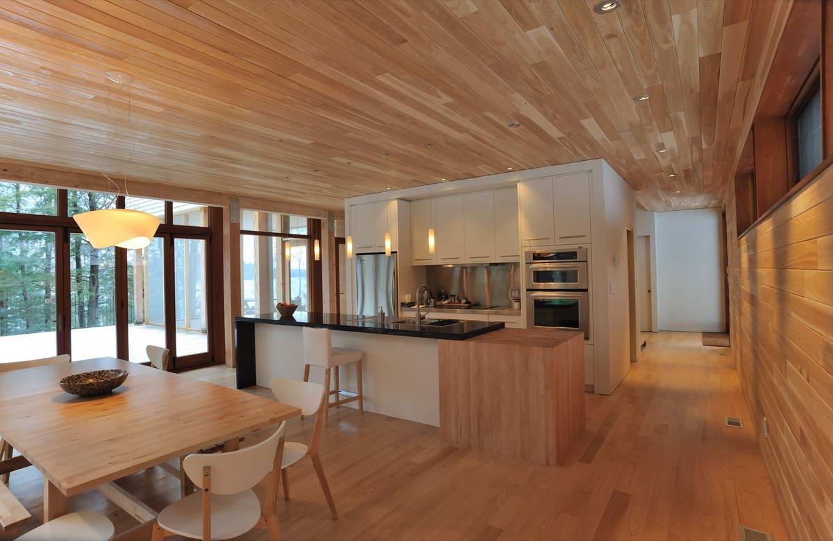 maison dans la foret pres du lac 8. Black Bedroom Furniture Sets. Home Design Ideas