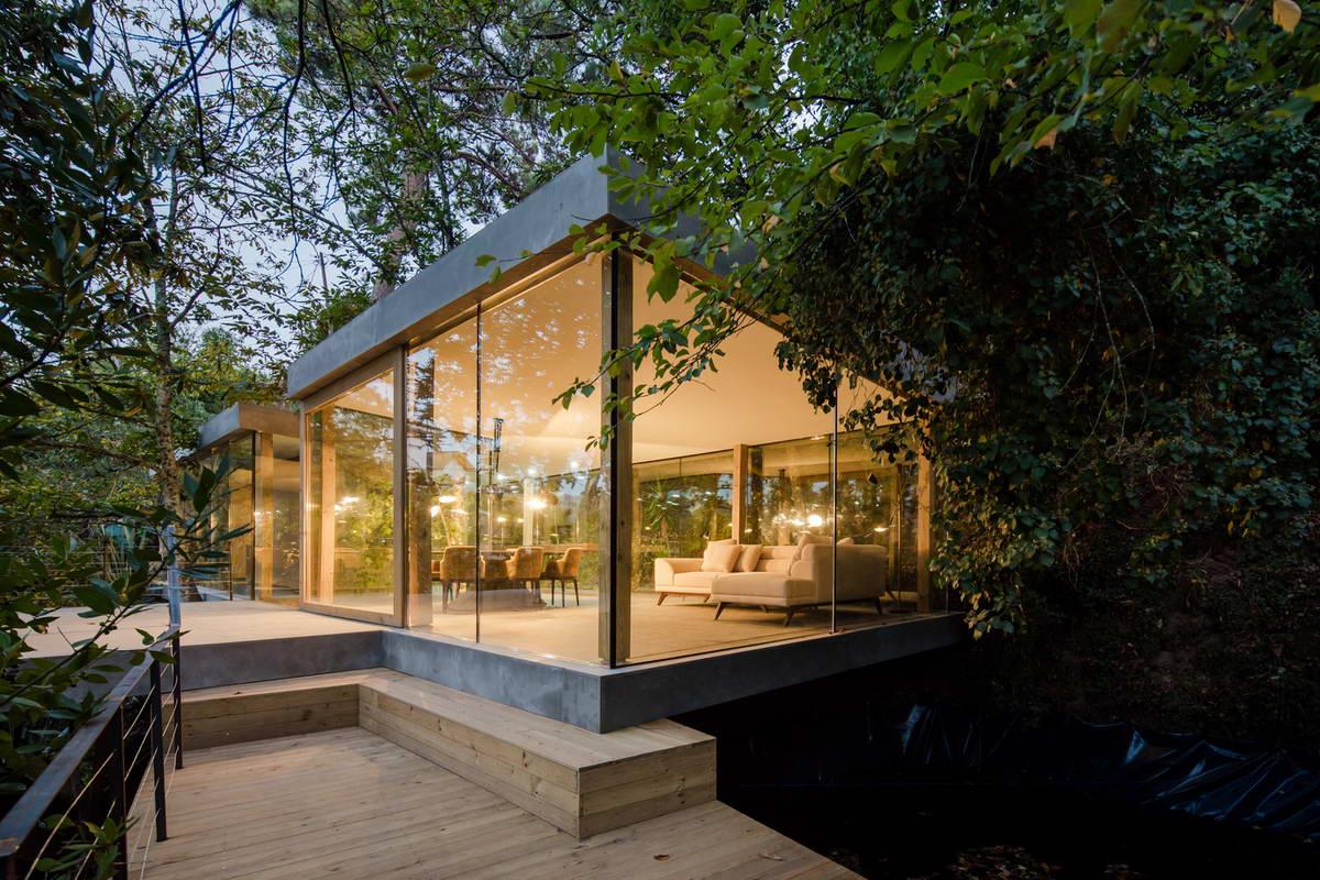 Дома из стекла и дерева фото имеет доброкачественное