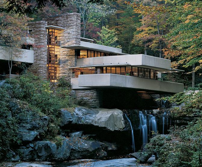 «Дом над водопадом» («Fallingwater»), архитектор Фрэнк Ллойд Райт (Frank Lloyd Wright).