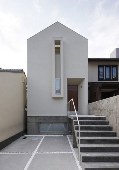 Дом на узком участке в Японии
