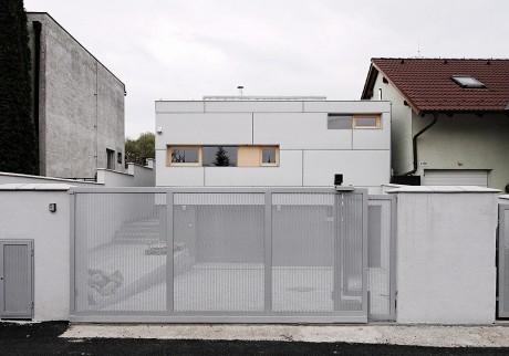 Дом с двориком в Словакии