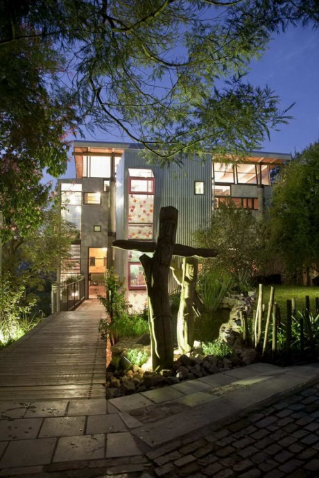 """""""Зелёный"""" дом в Южной Африке"""