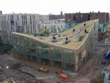 Многоквартирный дом в Амстердаме