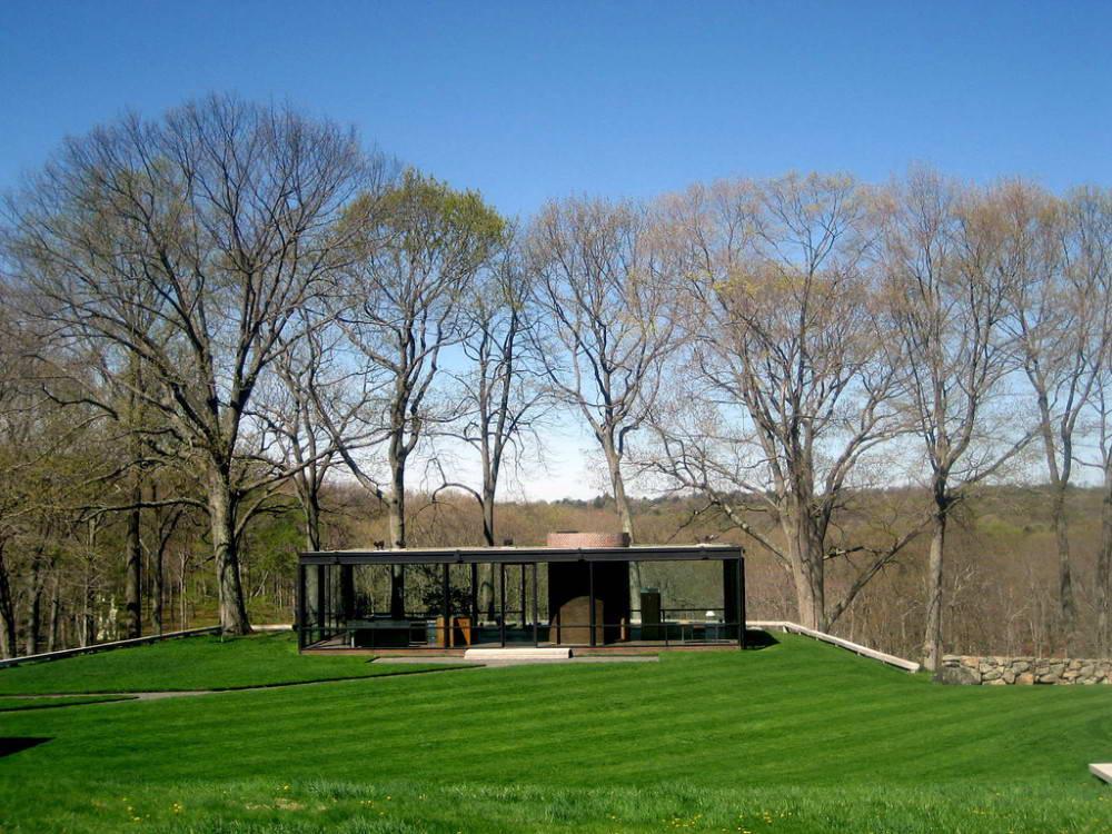 Стеклянный дом (The Glass House) в США от Филиппа Джонсона (Philip Johnson).