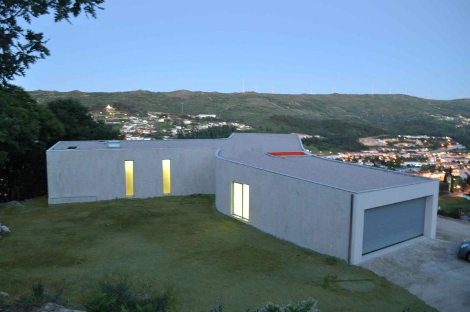 Интерьеры домов с большими окнами