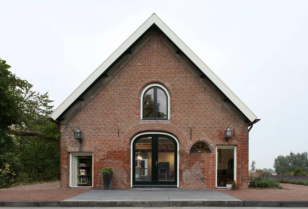 Дизайн будинку у селі