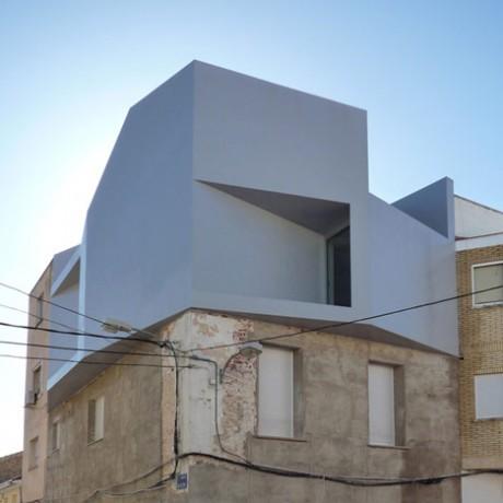 Дом Люд (Casa Lude) в Испании от Grupo Aranea.