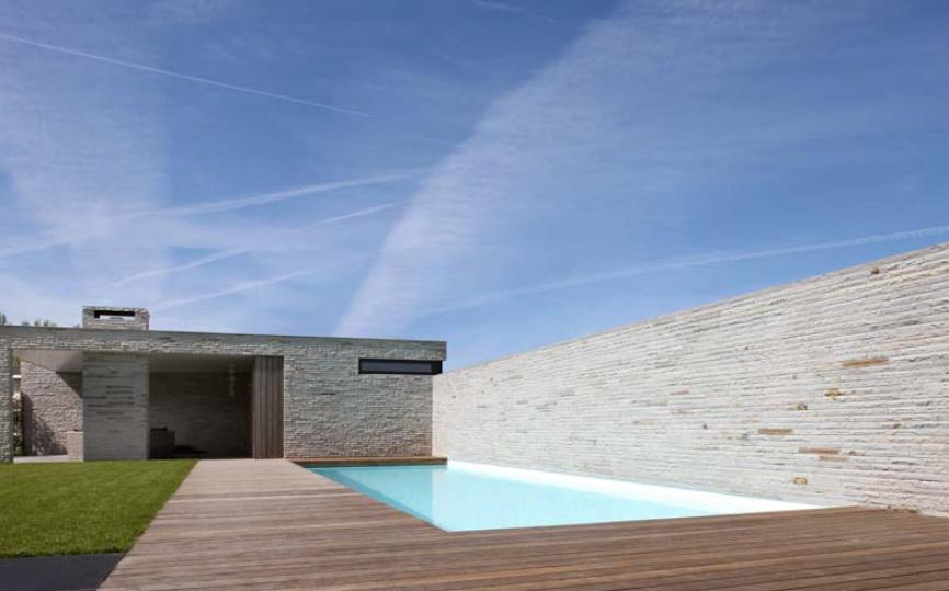Название: Дом семьи Сибен (Woonhuis Familie Sieben) Расположение:  Розендаль, Голландия Архитектура: Oomen Architects Строительство: 2009