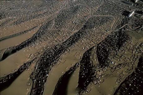 Юрты на окраине Улан-Батора. Монголия