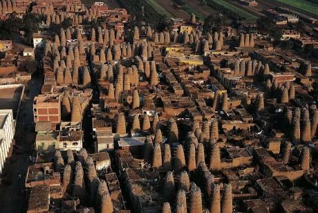 Голубятни в Мит-Гамре, Египет. Голубей там разводят на мясо.