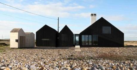 Дом на галечном поле в Англии