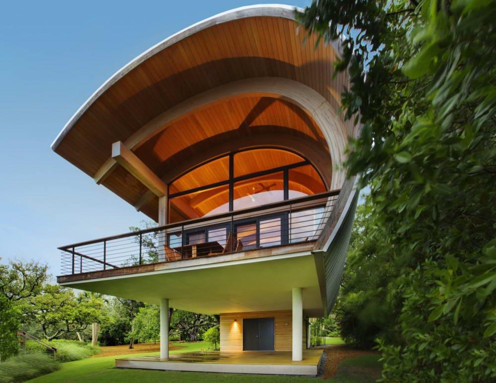 Этот дом для активного отдыха на реке