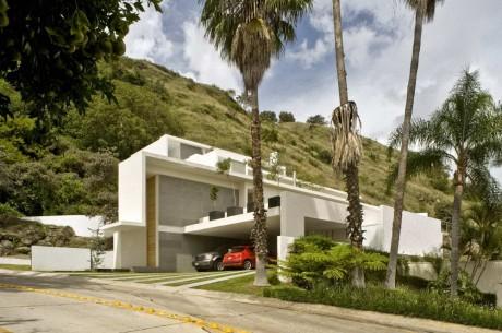 Дом на склоне в Мексике 2