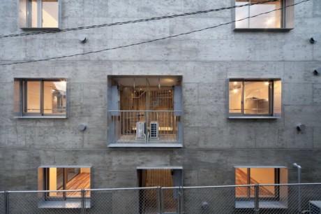 Дом на 12 квартир в Японии