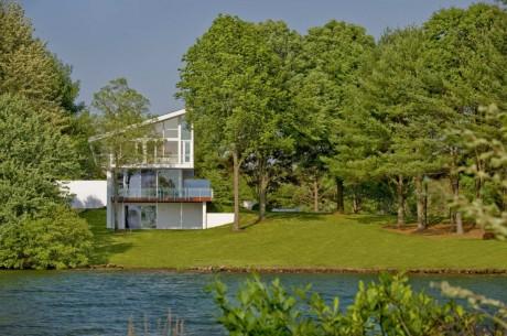 Дом у озера в США 4