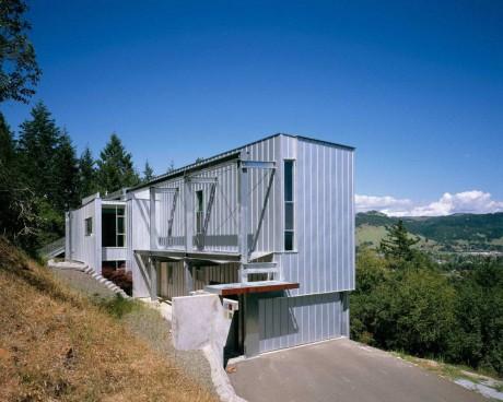 Металлический дом в США
