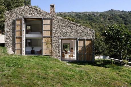 Дом из конюшни в Испании
