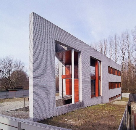 Треугольный Дом в Польше