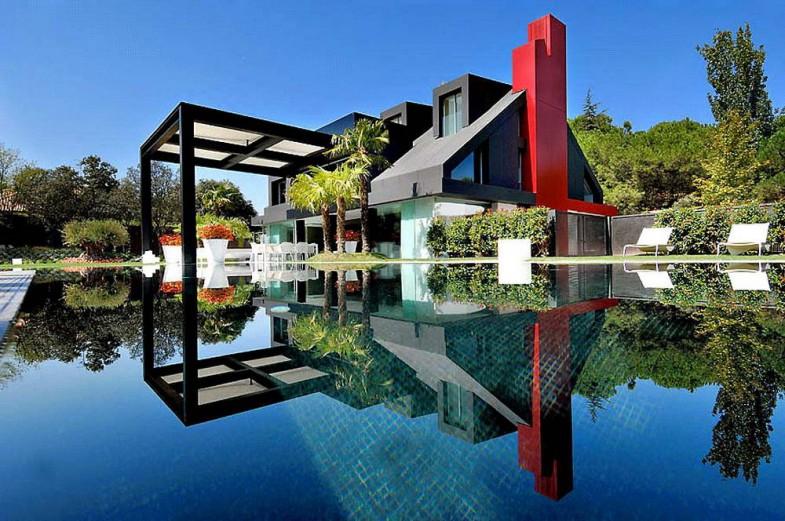 Фото частных домов и коттеджей в испании