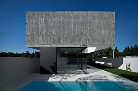 Минималистский дом в Португалии 4