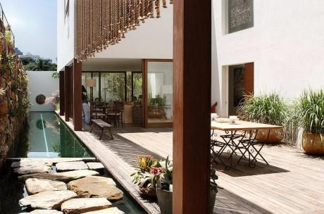 Дом-двор в Бразилии
