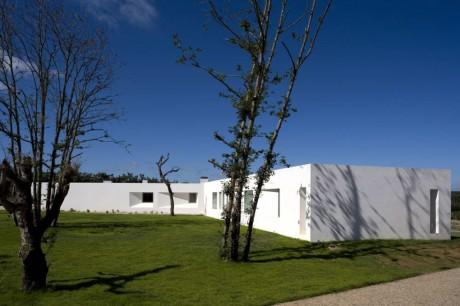Дом на холме в Португалии 2
