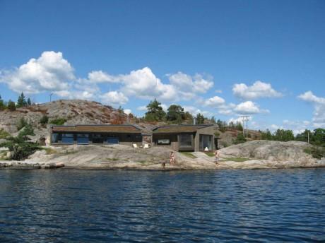 Дом на скалах Норвегии