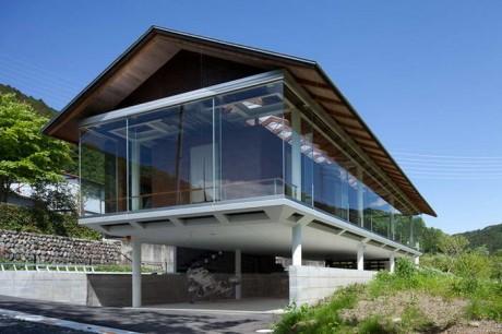 Стеклянный дом в Японии 4