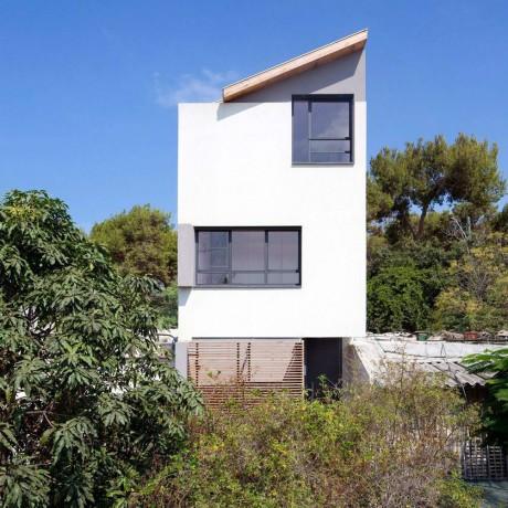 Узкий дом в Израиле