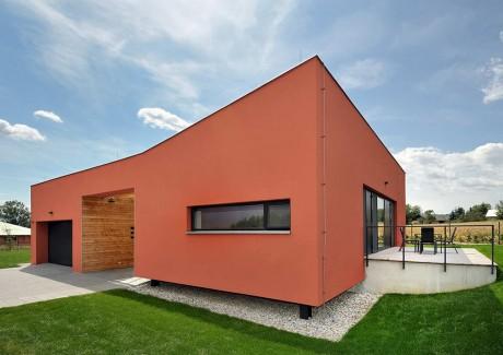 Дом со двором в Чехии