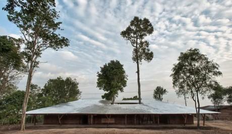 Учебный центр в Индонезии