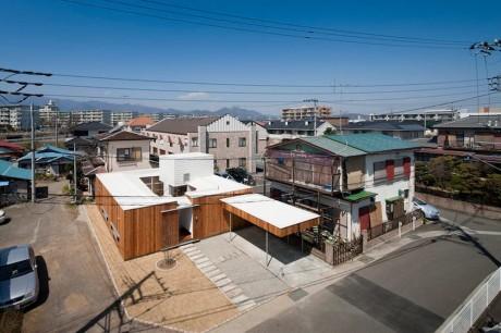 Дом со двором в Японии 2