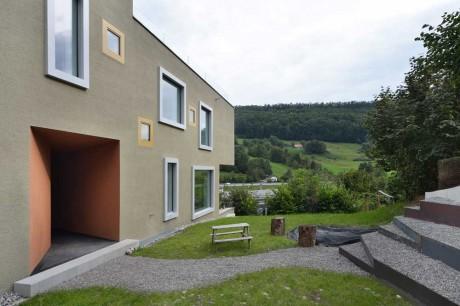 Дом на две семьи в Швейцарии 2