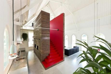 Дом из церкви в Голландии