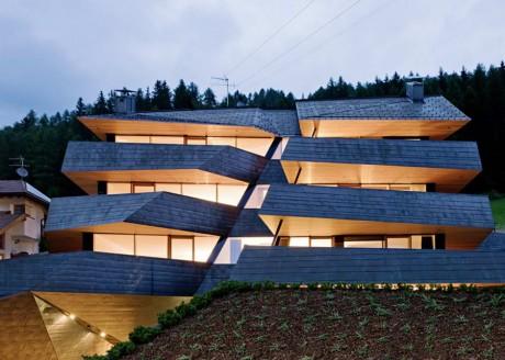 Шестиквартирный дом в Италии