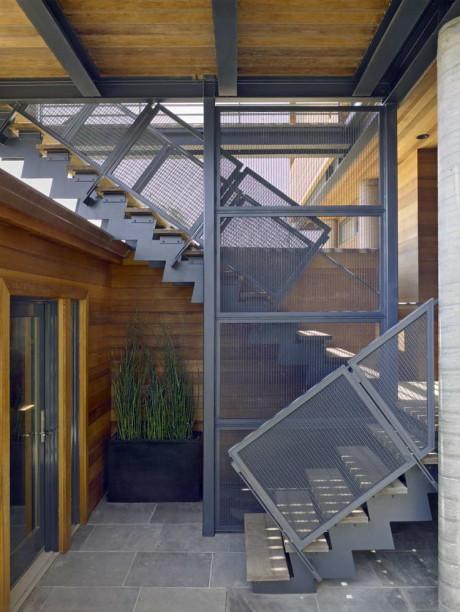 Проект металлической лестницы
