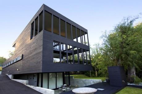 House 11 4