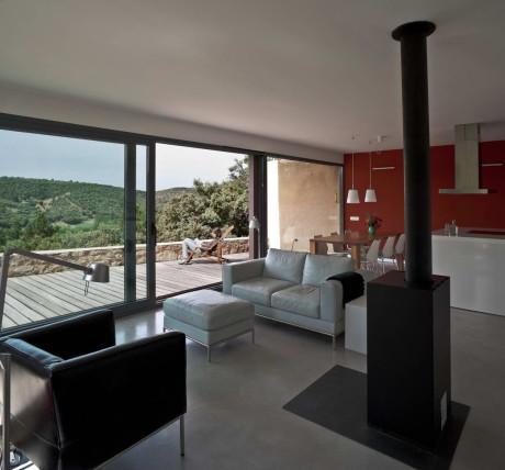 Каменный дом в Испании 3
