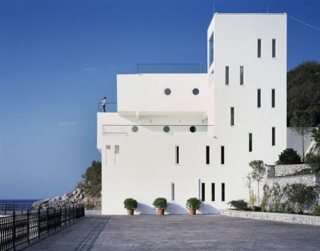 Проект современного дома у моря в Крыму