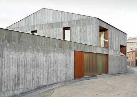 Проект бетонного дома в Испании