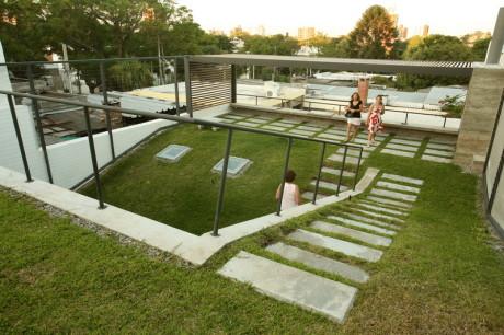 Cubierta Verde 4 460x306 Дом с зелёной крышей в Монтевидео