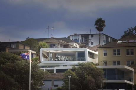Современный дом необычного дизайна в Австралии