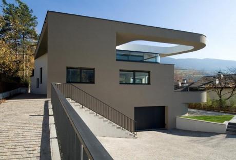 House H_5