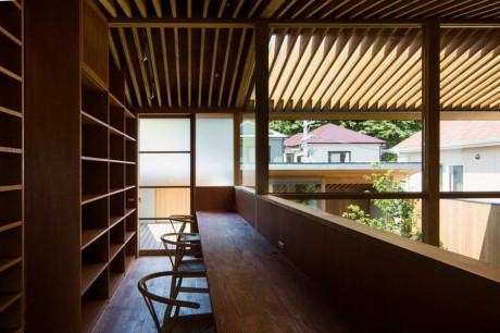 Sakai House 9